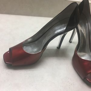 Jessica Simpson Ombre Red and Black Heels